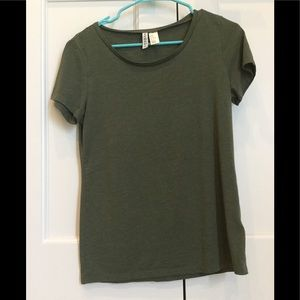 H&M Olive colored t-shirt